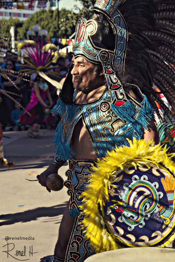 Native Dancer - photo by Renel Holton - www.renelholton.com / 1443edit