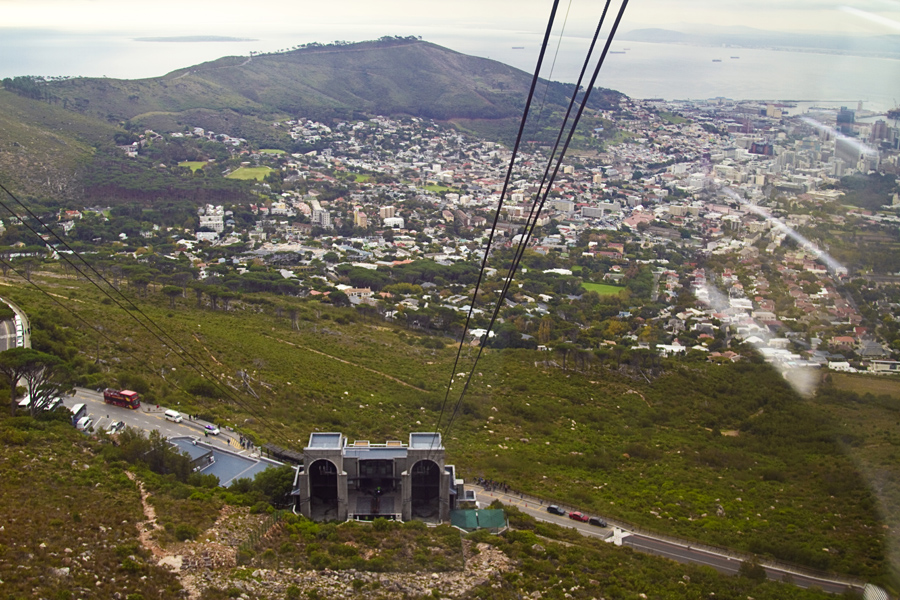 Cape Town from Table Mountain Cableway - photo by Renel Holton - www.renelholton.com / IMG_7610